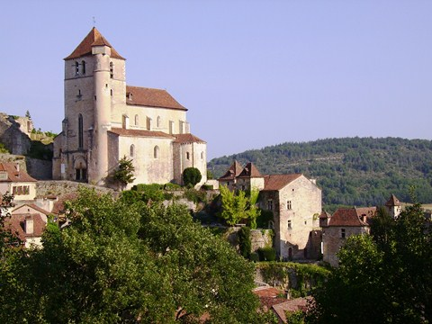 st cirq lapopie walking holidays lot France